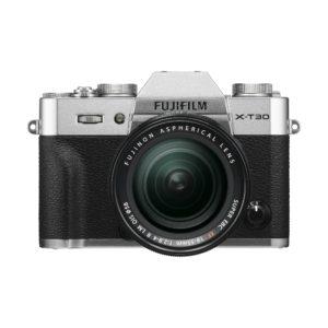 Fujifilm X-T30 + XF 18-55mm R LM OIS : Silber