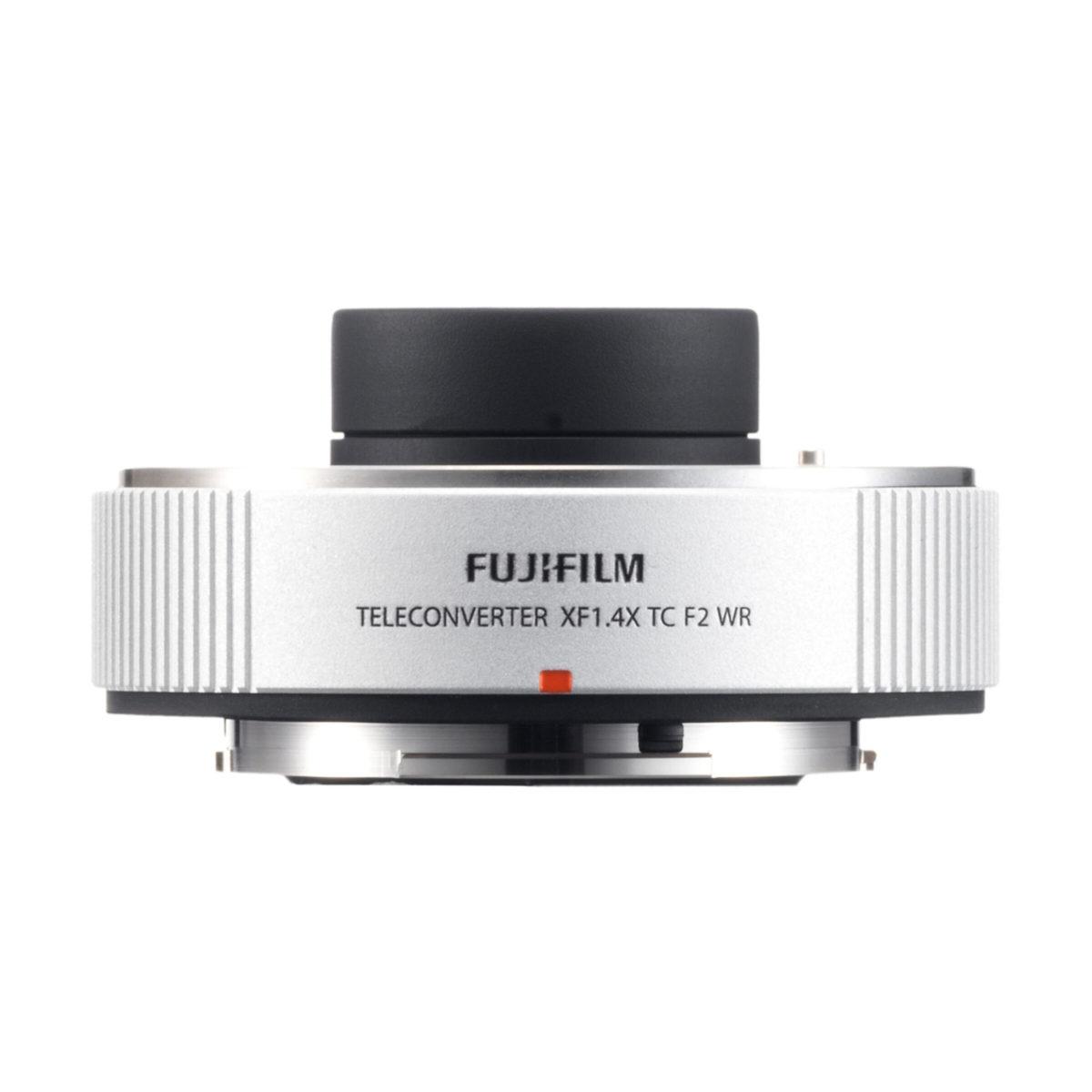 fujifilm_xf_200_20_ois_wr_xf_14x_tc_05