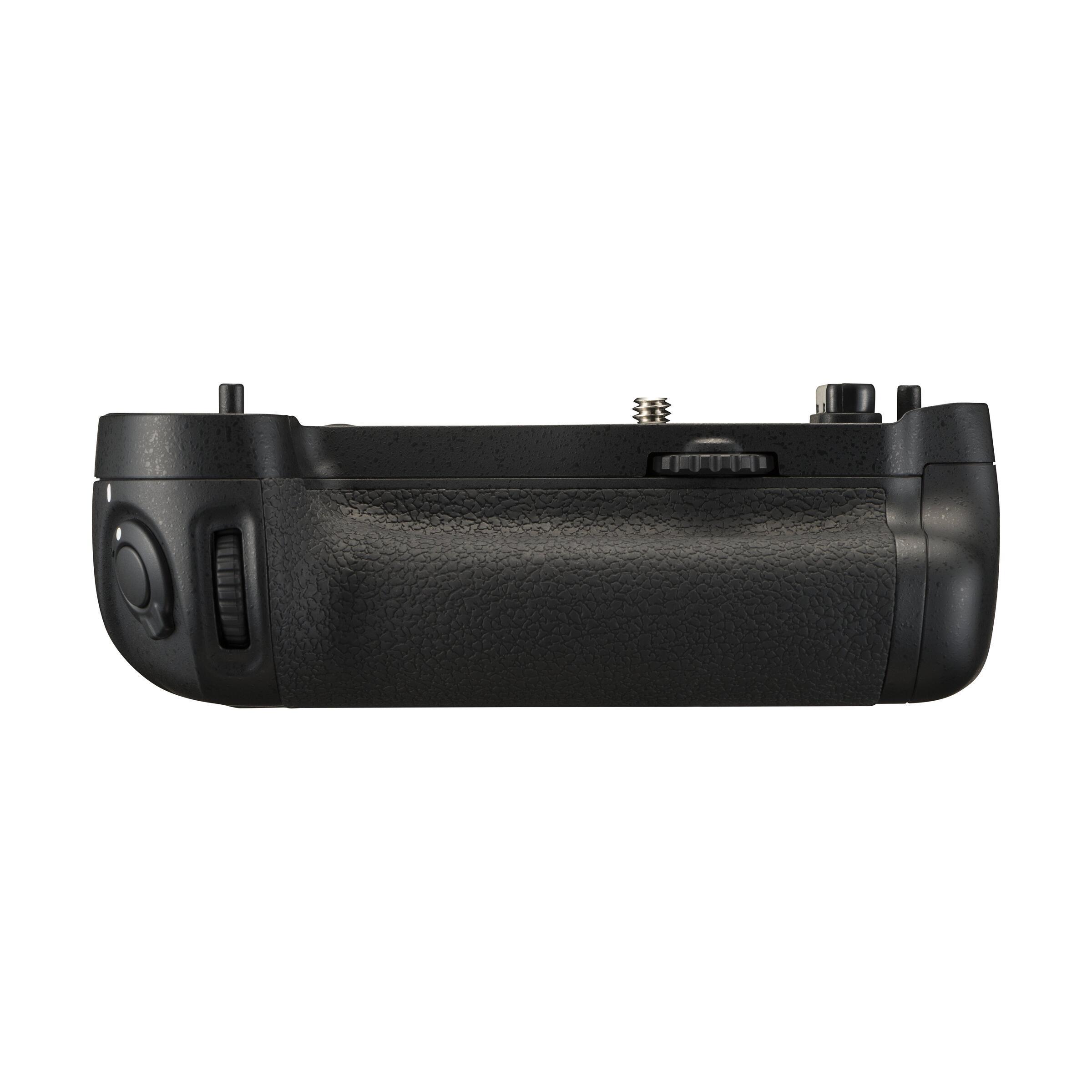 Nikon MB-D16