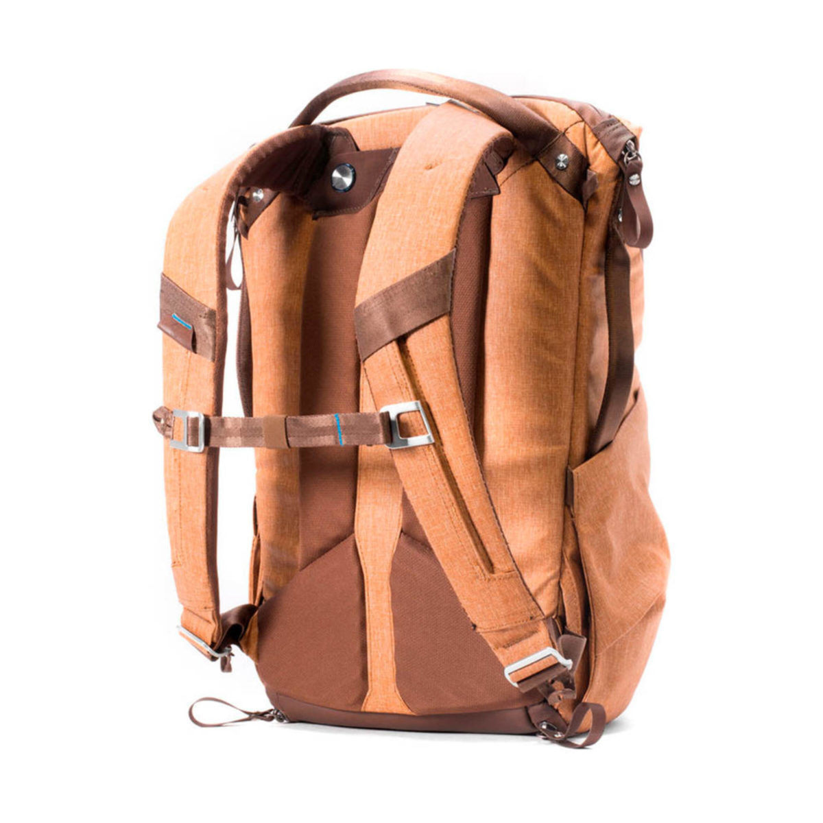 peak_design_everyday_backpack_20l_tn_03