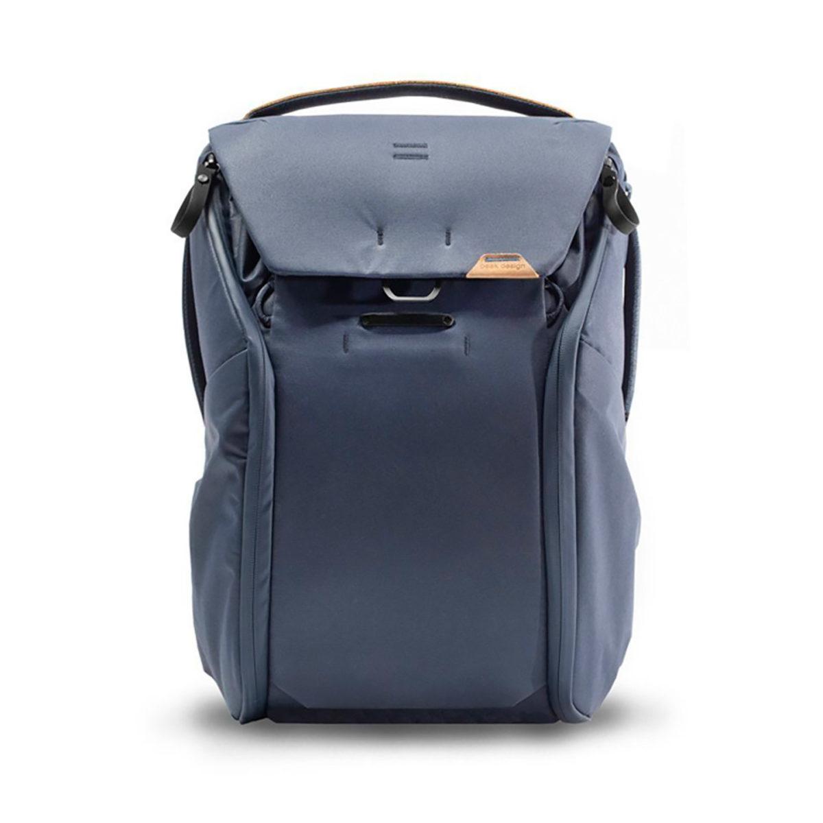 peak_design_everyday_backpack_v2_20l_blau_01