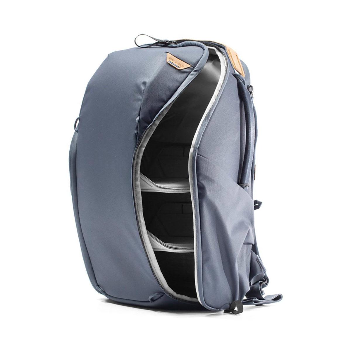 peak_design_everyday_backpack_zip_v2_04