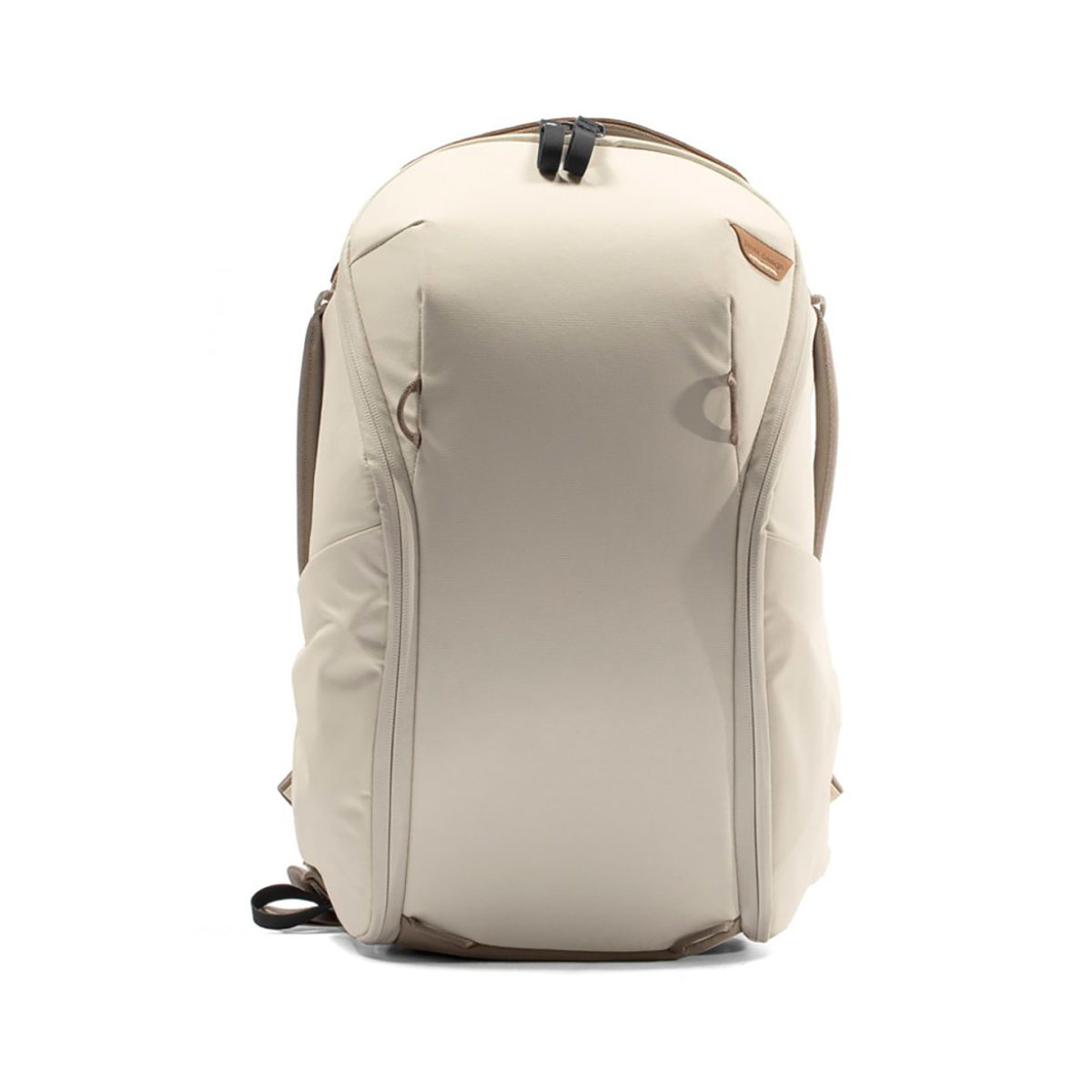 peak_design_everyday_backpack_zip_v2_15l_bn_01