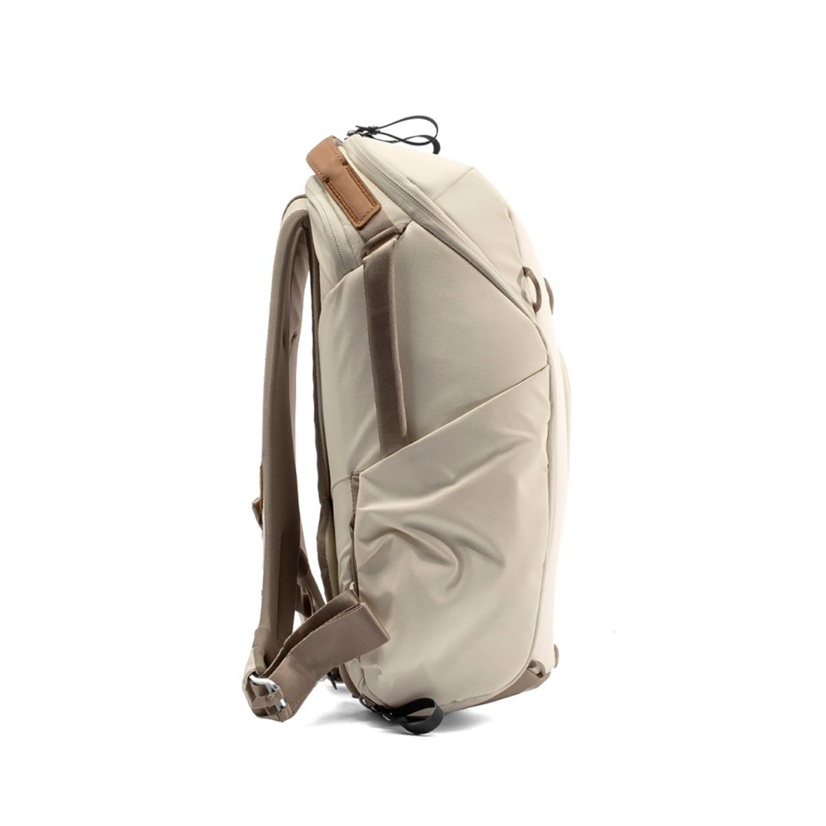 peak_design_everyday_backpack_zip_v2_15l_bn_02
