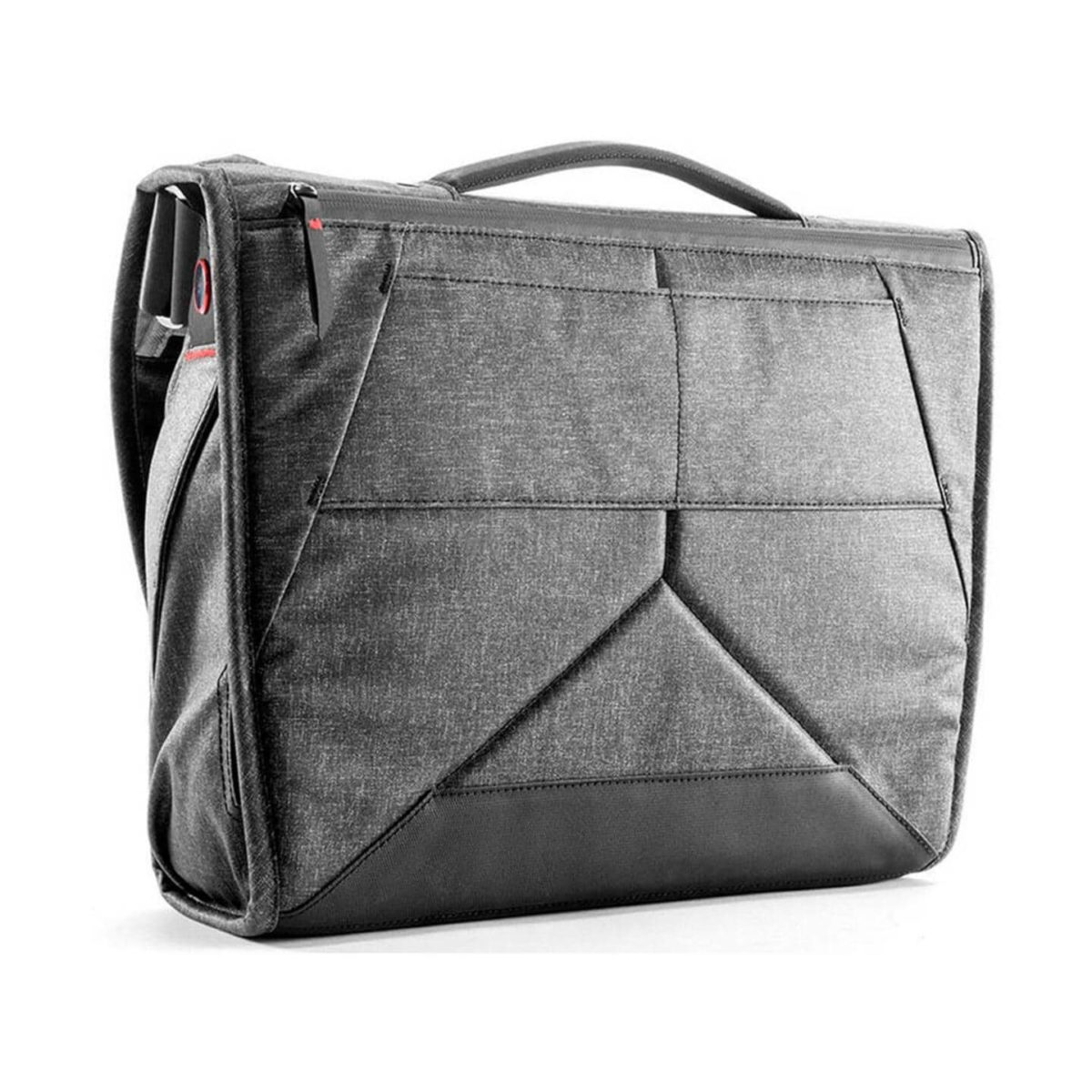 peakdesign_everyday_messenger_15_v2_charcoal_02