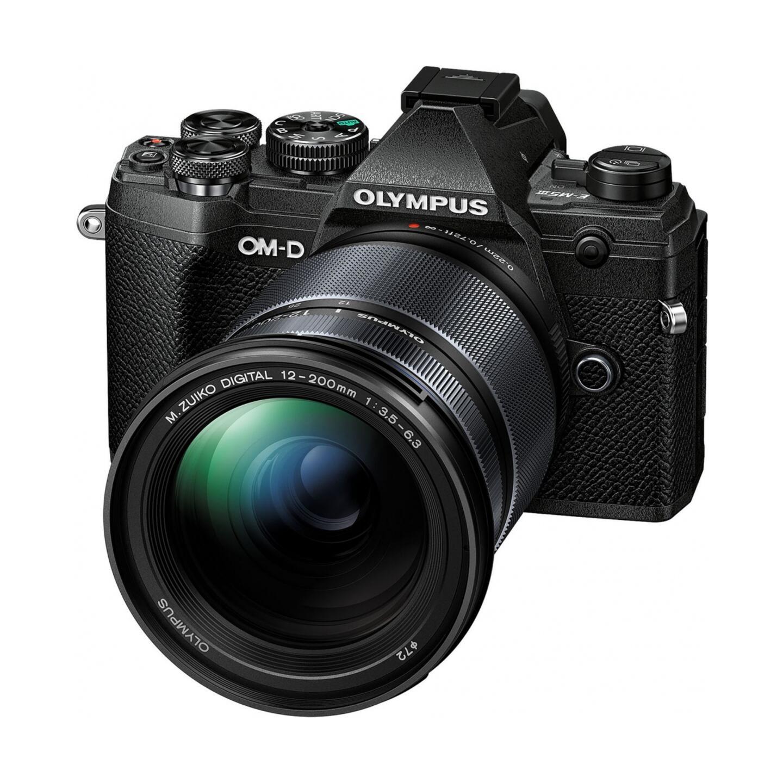 Olympus OM-D E-M10 Mark III + ED 12-200mm : Schwarz