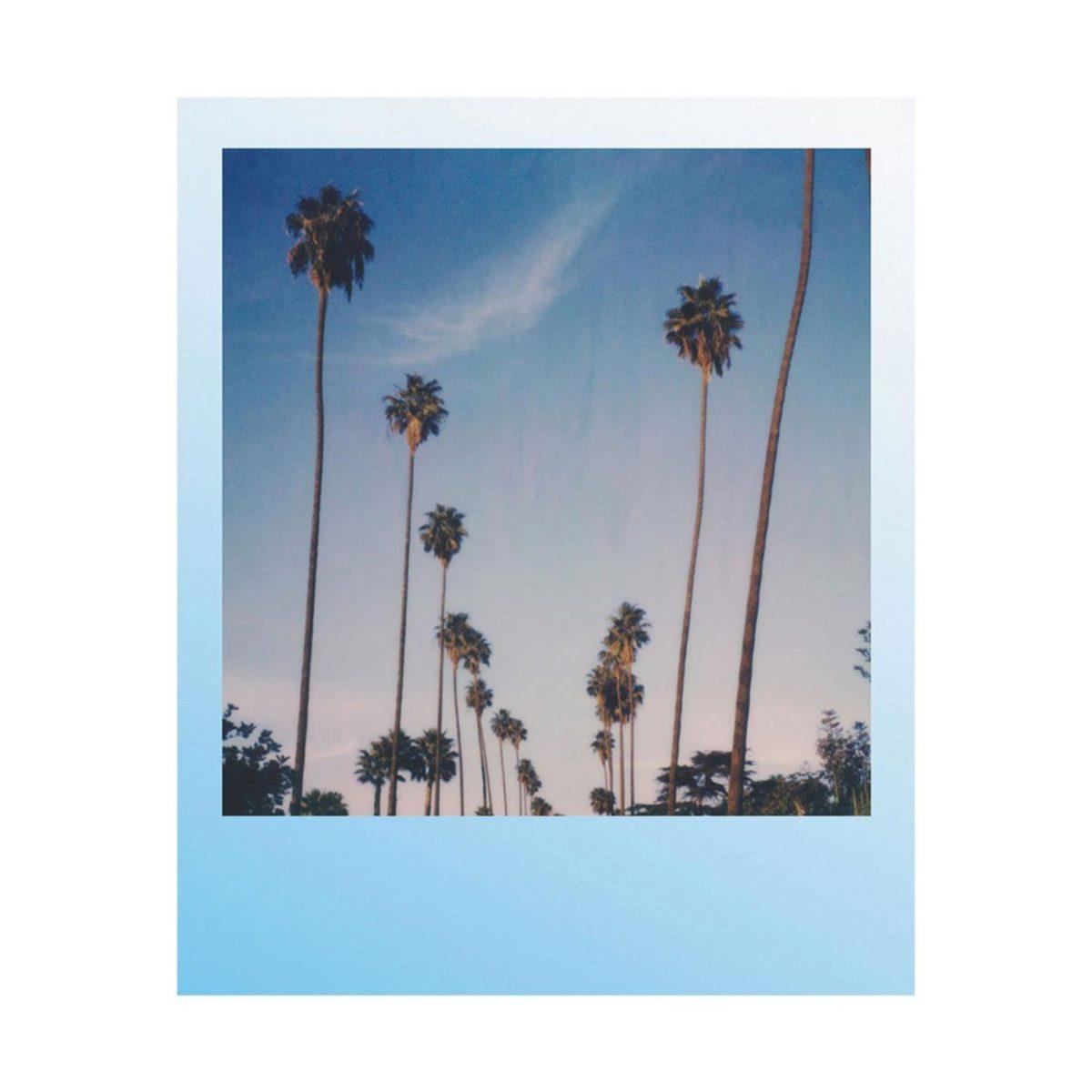 polaroid_i_type_color_film_summer_blues_03